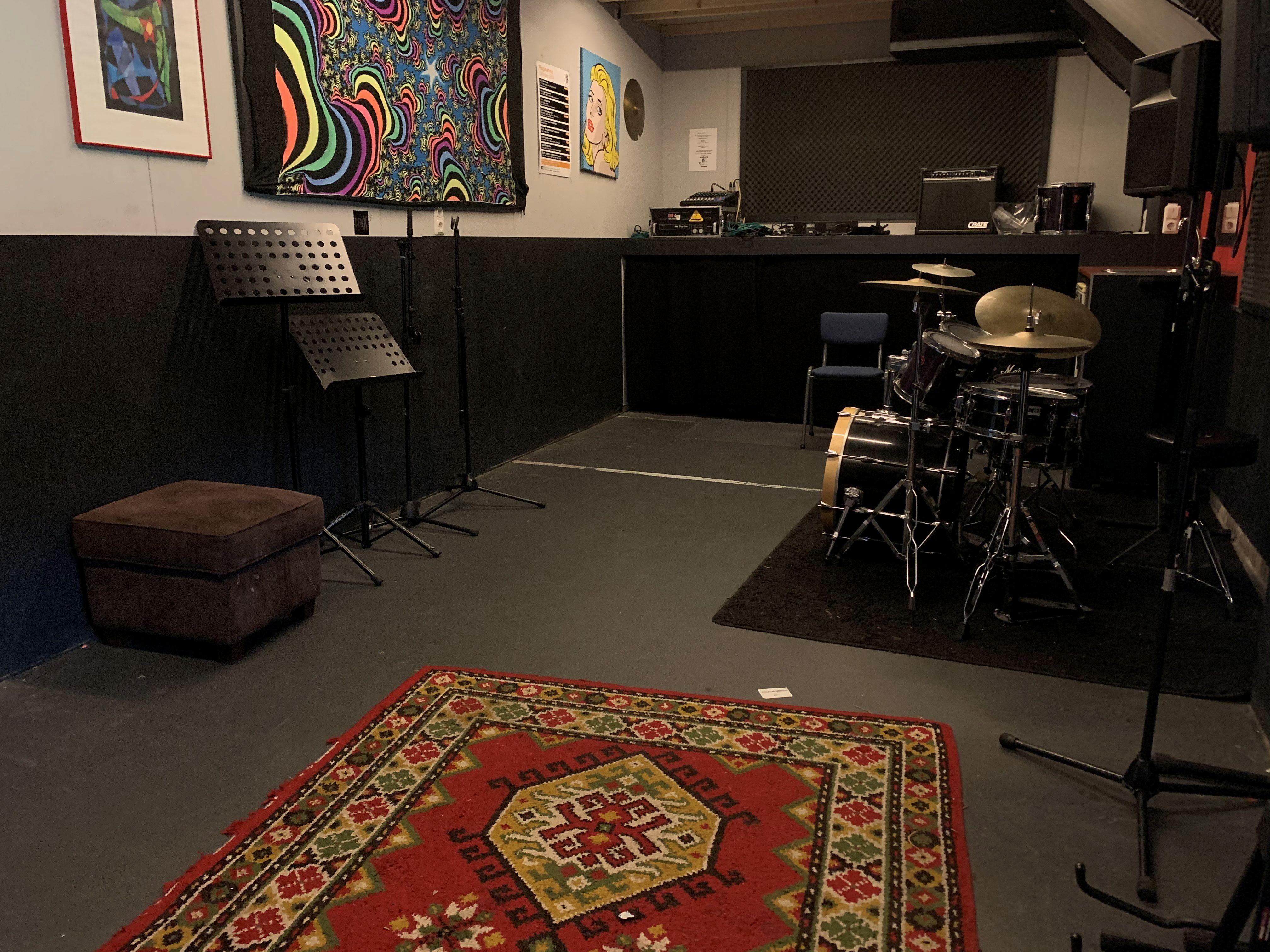 Club / Muziekcentrum N201 – Oefenruimtes
